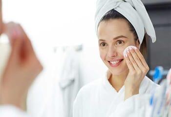 Makyaj Temizleme Yağı Nasıl Kullanılır